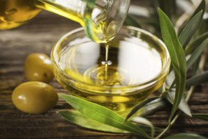 Olive-Oil-by-dulzidar-iStock-360-Getty-Images-569fcc673df78cafda9e61b7